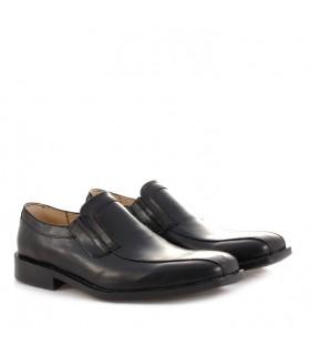 Zapato negro de vestir