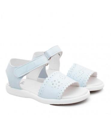 Sandalias de charol blanco