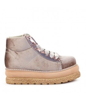 Zapatillas de pana en beige