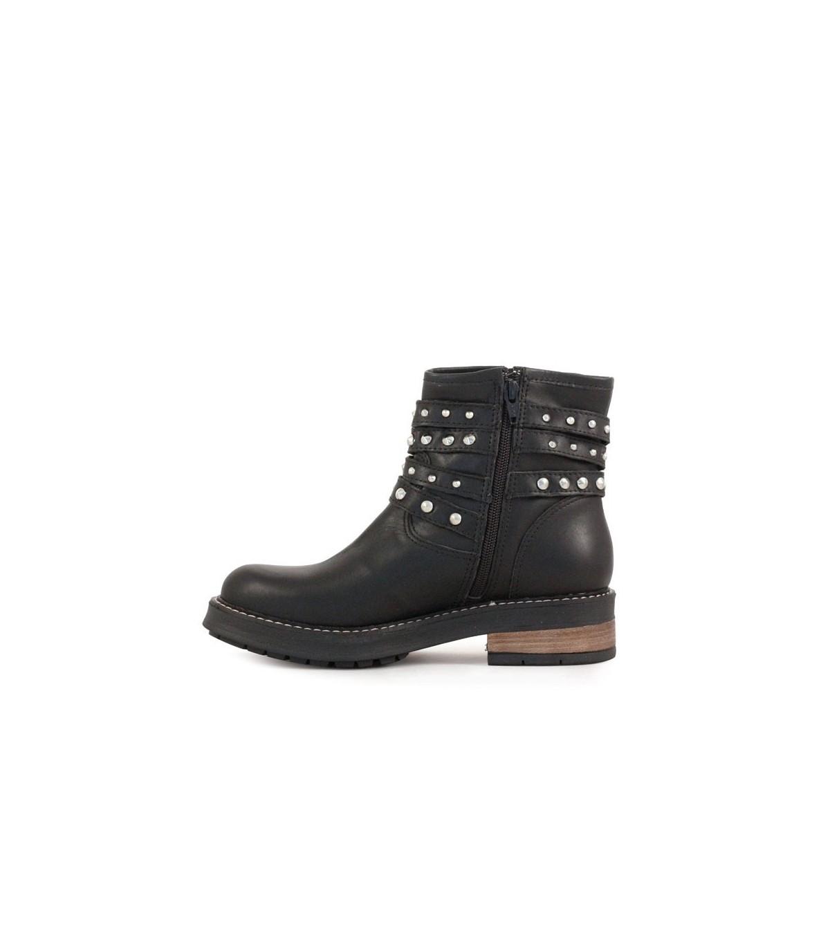 142456c756fb7 Botas de cortas de cuero negro – Botas de mujer – Batistella.com.ar