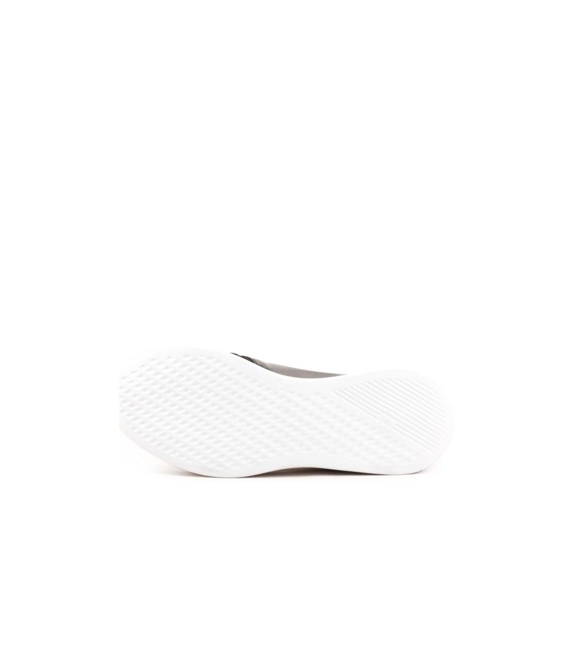 03de953f44b Zapatillas de cuero y textil negro