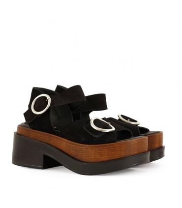 Sandalias de gamuza en negro - CONCEPT