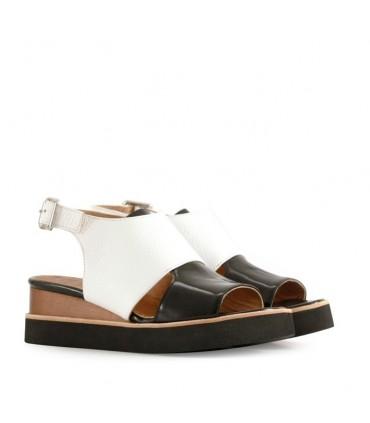 Sandalias de charol blanco/negro