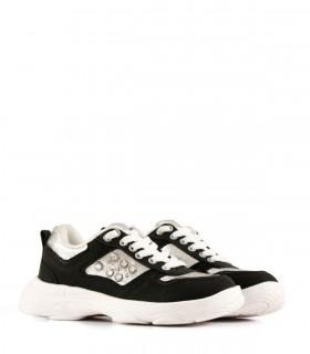 Zapatillas de símil cuero en negro