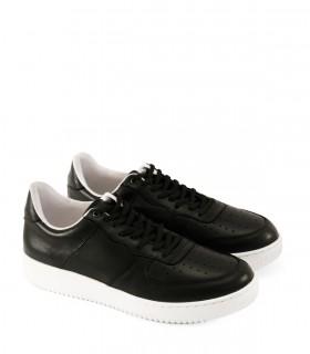Zapatillas urbanas con estilo de cuero negro