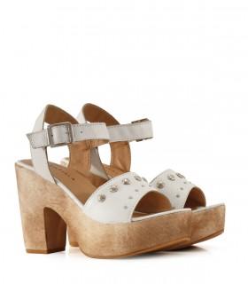 Sandalias altas de cuero blanco
