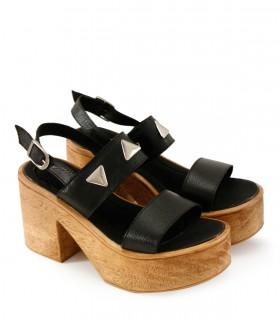 Sandalias altas de cuero negro