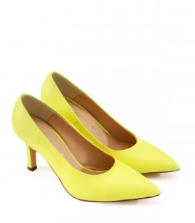 Stilletos de cuero en amarillo fluor